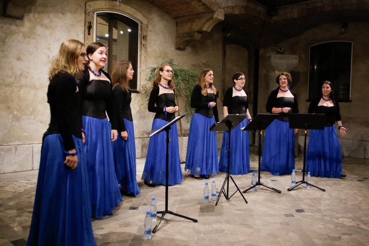 VOZI ME VLAK – Ženska vokalna skupina Lipa (Foto: Goran Antlej)