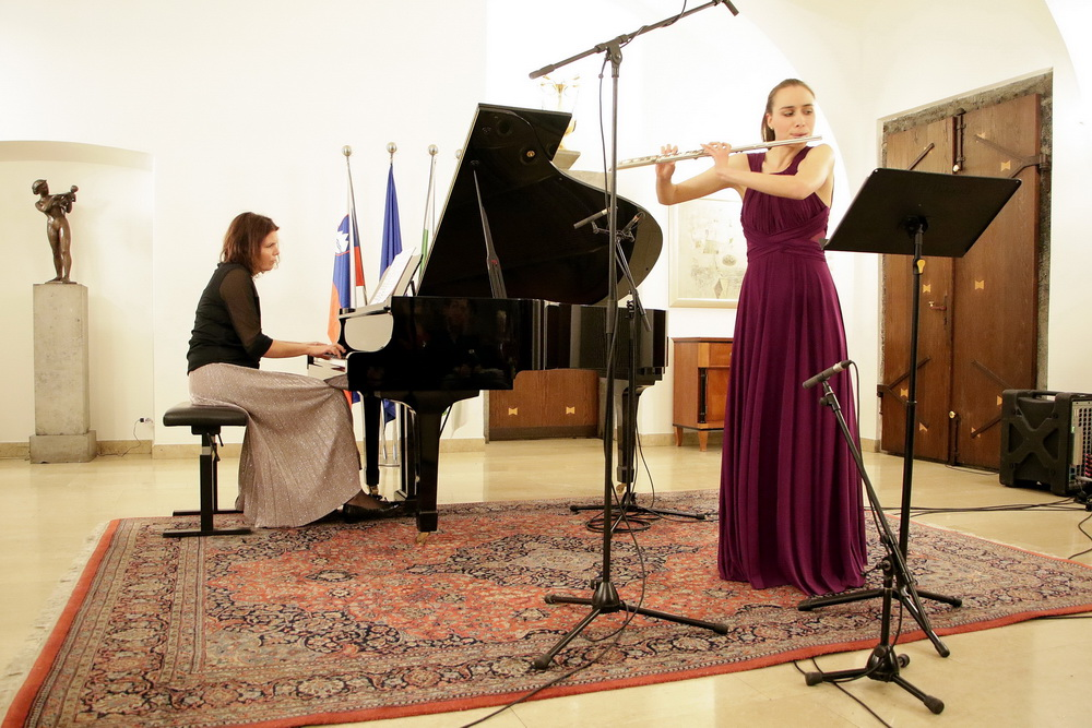 Dorotea Senica, Andreja Kosmač, Foto: Goran Antlej