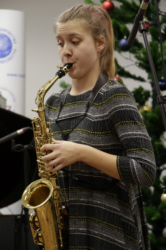 Vida Kregar, saksofon, Foto: Goran Antlej